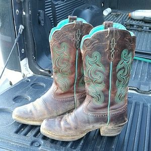 Like new justin boots